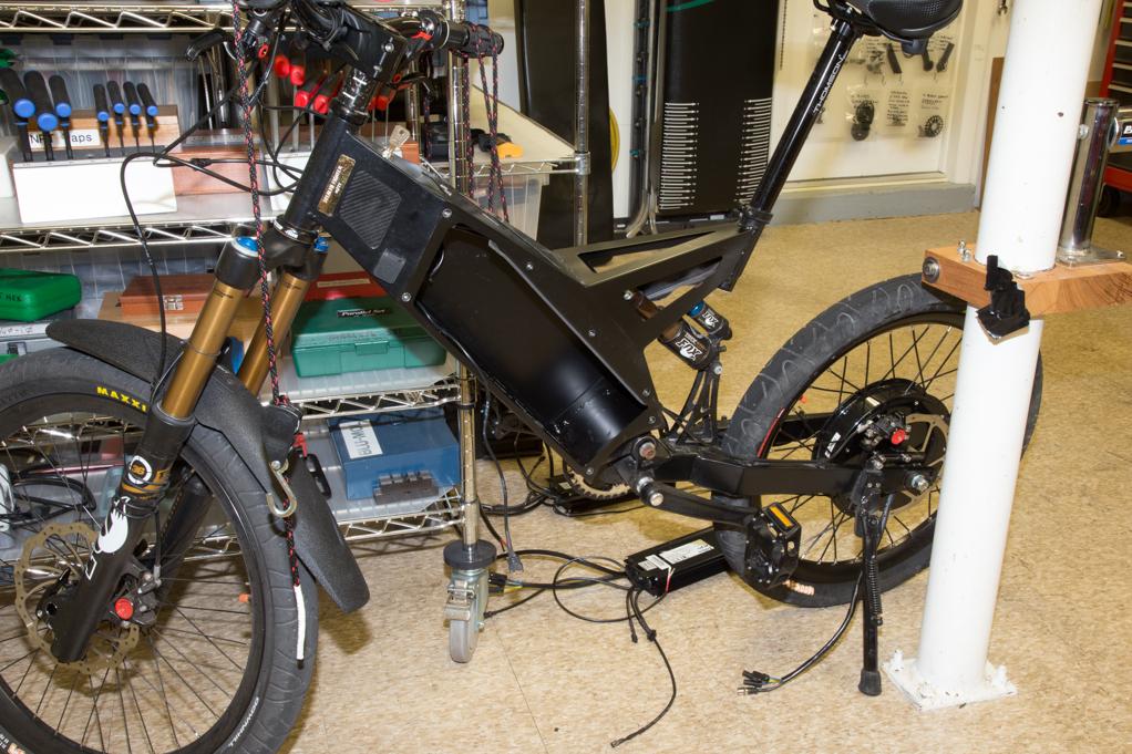 Stealth fighter bike